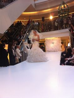 Brudebuketten er laget av Yasuko.