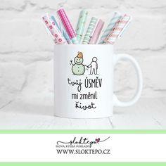 Važte si lidí, kteří vám dokáží vykouzlit úsměv na tváři. 😍☕ #sloktepo #motivacni #hrnky #miluju #kafe #citaty #domov #rodina #darek #stesti #laska #czech #czechgirl #czechboy #praha Praha, Mugs, Tableware, Dinnerware, Tumblers, Tablewares, Mug, Dishes, Place Settings