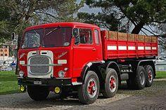 """FIAT 690 N3 della Collezione di F.BALOSETTI Anni fa questo vecchio 690 lo avevo fotografato in Romagna , ora restaurato a nuovo www.trasportidepoca.it/ Raduno di CAMION e AUTOBUS d'EPOCA Lovere Bg Meeting of trucks and buses of TIME """" Lovere Bg It"""