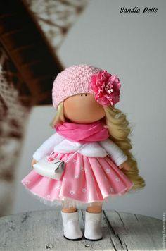 Купить или заказать Неженка в интернет-магазине на Ярмарке Мастеров. Нежно розовая кукла по имени Зефирка станет отличным подарком для ваших родных и близких. Спасибо за просмотр!!!!