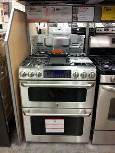 Get in my kitchen... Double oven with separate thermostats, gas stove, griddle as well as burners