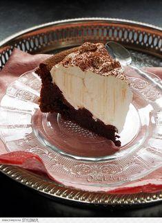 Czekoladowa chmura. ciasto bez mąki. Składniki : (n… na Stylowi.pl Cloud Cake, Pastry Cake, Trifle, Something Sweet, Cookie Dough, Brownies, Panna Cotta, Cheesecake, Pie