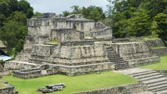 Mahogany Hall Luxury Resort: Mahogany Hall is well-located for a day trip to the ancient Mayan site of Xunantunich.