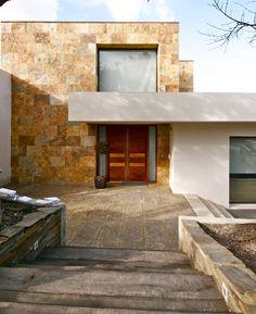 En esta ocasión vamos a mostrar una casa moderna, construida…