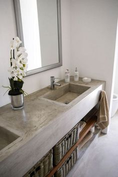 Top Concrete Countertops Ideas for Bathroom bathroomideas bathroomdesign bathroomremodeling 742671794785860051 Concrete Countertops Bathroom, Concrete Kitchen, Kitchen Countertops, Concrete Bathtub, Quartz Countertops, Rustic Bathroom Decor, Bathroom Styling, Bathroom Interior Design, Bathroom Renovations