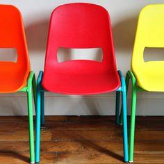 Chaise enfant assise plastique et pied métal Kokette - pied bleu