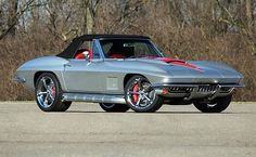 C2 corvette silver with black stripes. Stingray theme