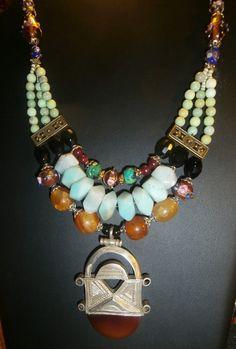 collier Princesse orientale avec un pendentif en argent par byfabie