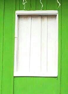 janela feita a mão