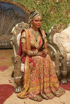Rakhi Sawanth's full bridal look.