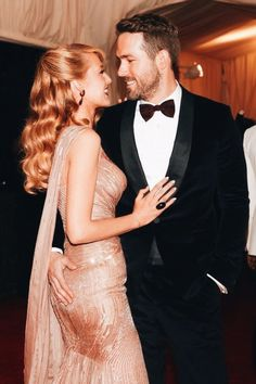 ryan reynolds & blake lively  iconic  http://aloraphernelia.tumblr.com/