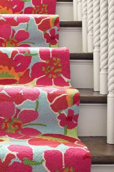 Dash Albert Power Poppies carpet runner ~ Bright for fall: Love 'em! or Leave 'em! Fabric Patterns, Color Patterns, College House, Hallway Carpet Runners, Dash And Albert, Kitchen Carpet, Living Room Carpet, Other Rooms, Coastal Style