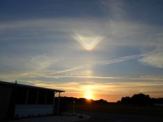 Rare Halo, Possibly An Upper Tangent Arc With Sunvex Parry Arc And Light Pillar