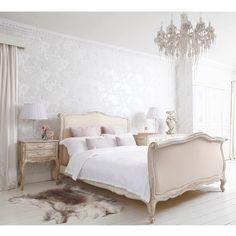 French bed: rafinament, elegance and romance in your bedroom #frenchstyle, #bedrooms