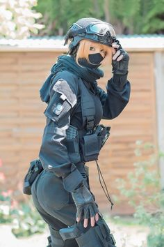nude in france Women in the military . Women with guns . Girls with weapons Cute Cosplay, Best Cosplay, Cosplay Girls, Anime Military, Military Women, Military Army, Rainbow Six Siege Art, Female Soldier, Girls Frontline