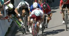 Mark Cavendish crashes into security fence and gets head run over ...