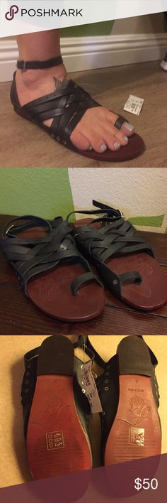 Free People Belize strapping black sandals, NWT! Free People Belize strappy black sandals, NWT! Free People Shoes Sandals