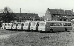 Acht Busse aus dem April 1963