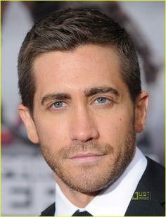 Jake Gyllenhaal eye-candy-board
