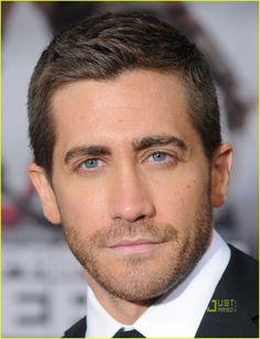 Jake Gyllenhaal eye-candy-board