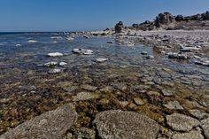 Fårö is an island just northeast of Gotland. It is an island with spectacular nature, beautiful beaches and magnificent stone monoliths.