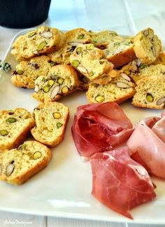 Italian Food Culture - Useful Articles My Recipes, Italian Recipes, Favorite Recipes, Italian Foods, Quiches, Tapas, Savoury Biscuits, Pasta Shapes, Crackers