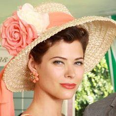 Sunny hat. Jane Sterling, Mad Men.