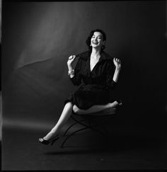 Dorian Leigh 1952, photo by Milton H. Greene - #Mode #Fashion #Vintage #Années50 #Années1950 #Fifties #1950s #50s #50 #1950's #Anos50 #Décadade50 #Décadade1950 #Década50 #GoldenYears #AnnéesDorées #AnosDourados #AñosDorados