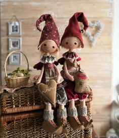 Swedish Traditions, Christmas Crafts, Christmas Ornaments, Fairy Dolls, Folk Art, Textiles, Diy And Crafts, Sewing Projects, Holiday Decor