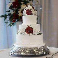 Wedding cake by Cake Crown