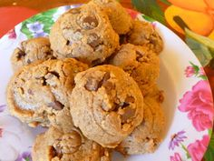FLOURLESS CHOCOLATE CHIP PEANUT BUTTER COOKIES | SPLENDID LOW-CARBING BY JENNIFER ELOFF | Bloglovin'
