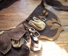 LARP Leather belt 5 by RoastedMoth on DeviantArt Elf Cosplay, Elf Costume, Cosplay Costumes, Larp, Steampunk Cosplay, Steampunk Accessories, Medieval Costume, Fantasy Costumes, Leather Belts