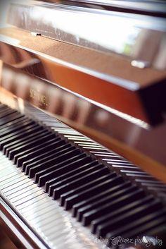 Piano keys      http://pinterest.com/cameronpiano