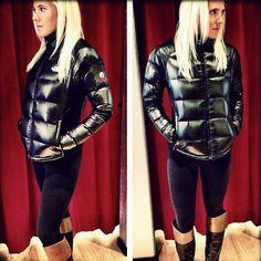The North Face Crimptastic Raincoats For Women, Jackets For Women, Down Suit, Down Puffer Coat, Puffer Coats, Puffy Jacket, Hooded Raincoat, Other Outfits, Rain Wear