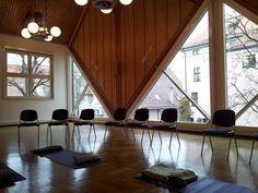 yoga meditation seminar pixabay rooms facilities3 principianti courses groups support mindfulness greatness engineering test centers metro ss area sala meditatie
