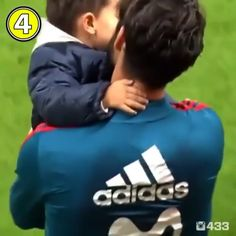 Real Madrid Soccer, Real Madrid Players, Football Soccer, Football Players, Neymar, Messi, Real Madrid Video, David Beckham Family, Isco Alarcon