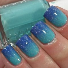 Gradient nails ~ reminds me of the ocean ~ I love it but, could never do it myself, even though I own the necessary colors!