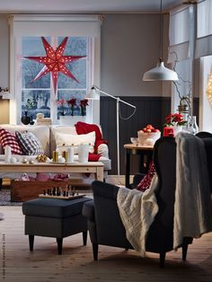Julen hemma (IKEA Sverige - Livet Hemma - Wohnzimmer - Home Sweet Home Ikea Xmas, Ikea Christmas, Decoration Christmas, Scandinavian Christmas, Scandinavian Interior, Holiday Decor, Swedish Christmas, Christmas 2015, Strandmon Ikea