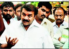 #Talasani assures to address problems in #Secunderabad  http://goo.gl/FZSwr9   Hyderabad: Minister for Commercial Taxes and Cinematography T Srinivas Yadav on Wednesday directed the officials concerned to take all measures to prevent the stink emanating from the cemetery at Bansilalpet in Secunderabad.