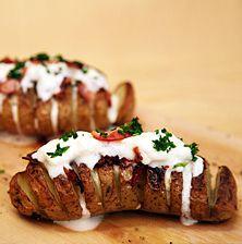 Ένα από τα πιο απλά και νόστιμα φαγητά που μπορείτε να απολαύσετε σκέτο ή να συνοδέψετε με αυτό ένα ωραίο ψητό κρέας!!! Όπως χοίρινες μπριζόλες ή κοτόπουλο σχάρας