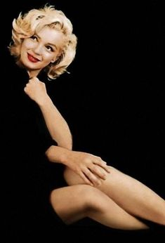 Marilyn Monroe Images | Icons, Wallpapers and Photos on Fanpop Hollywood Glamour, Hollywood Stars, Classic Hollywood, Old Hollywood, Fotos Marilyn Monroe, Estilo Marilyn Monroe, Marilyn Monroe Haircut, Marilyn Monroe Style, Marilyn Monroe Wallpaper