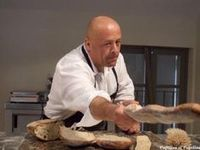 Cooking Bread, Cooking Chef, Bread Baking, Chefs, Chef Quotes, Patisserie Cake, Marx, Quotes And Notes, Croissants