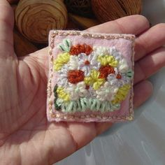 Floral Scene Embroidered Felt and Yarn Brooch. £5.00
