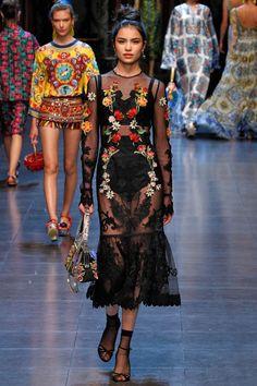 Coleção // Dolce & Gabbana, Milão, Verão 2016 RTW // Foto 38 // Desfiles // FFW