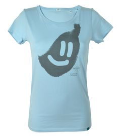 A smile is the prettiest thing you can wear // CHARITY: Your purchase help to protect the gorillas www.berggorilla.de // FAIR: Produced under fair and sweat-shop-free conditions // ORGANIC: Sustainable grown organic cotton // DESIGN: The artwork is created during regular animal enrichment activities by the Orang-Utan Buschi.