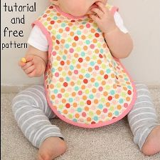 Tutorial: Apron-style bib for baby · Sewing | CraftGossip.com