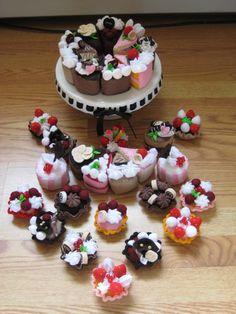 Felt cakes by *zetallis on deviantART