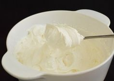Cum prepar eu frisca pentru ornat/umplut Icing, Cream, Sweet, Desserts, Frostings, Romania, Food, Millefeuille Recipe, Recipes