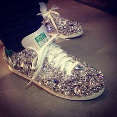 Thank you @official_swarovski for customizing my Stan Smith sneakers @adidas Originals @Kari Didier Night Live #SNL