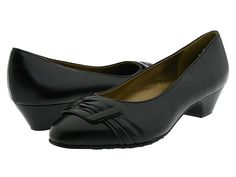 Soft Style Pleats Be With You Black Vitello - Zappos.com Free Shipping BOTH Ways